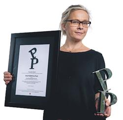 Jenny Morelli med Stora Publishingpriset 2011 för Fotografisk Tidskrift, Svenska Fotografers Förbunds branschmagasin. Se även 2008 nedan.